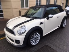 Cooper 1.6 Convertible 'John Cooper Works Trim'